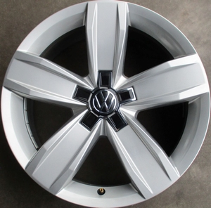 VW ISTANBUL ORGINEEL GEBRUIKT 17 INCH